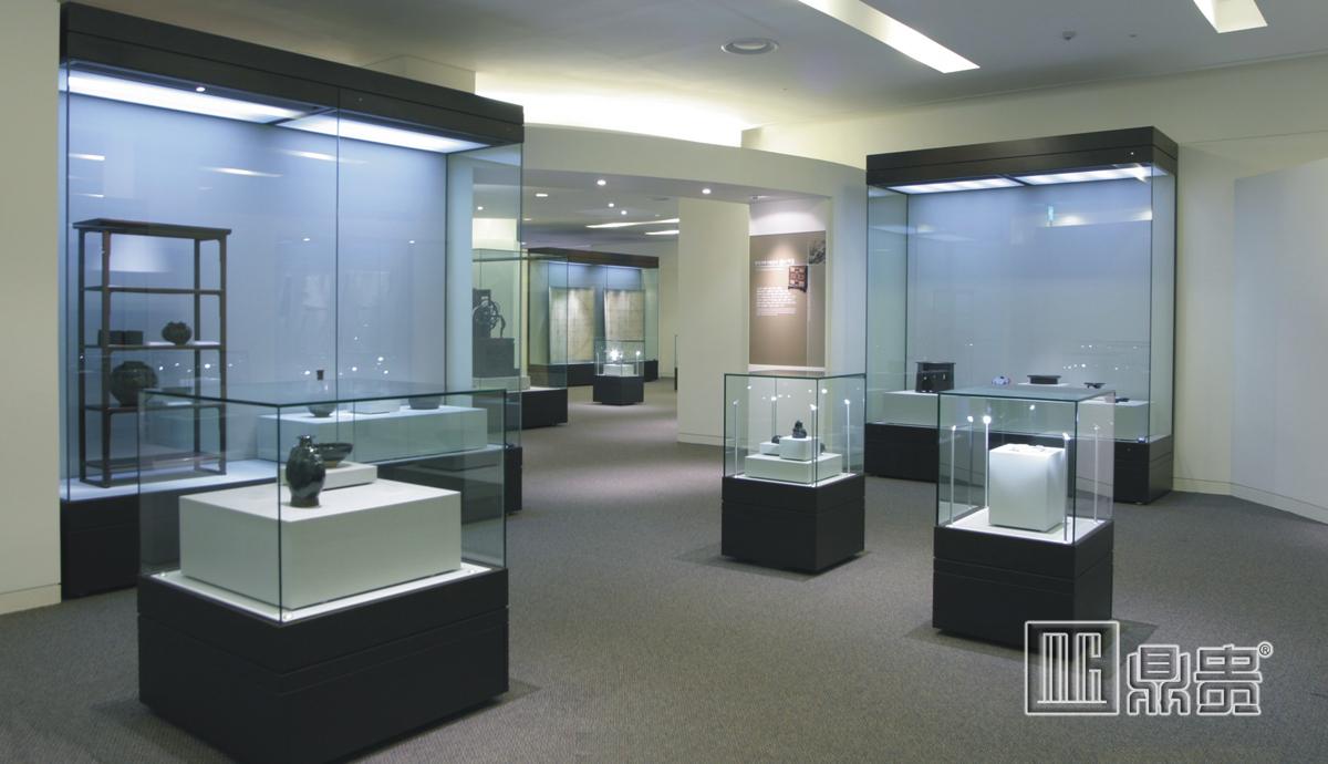 国家博物馆展柜定制
